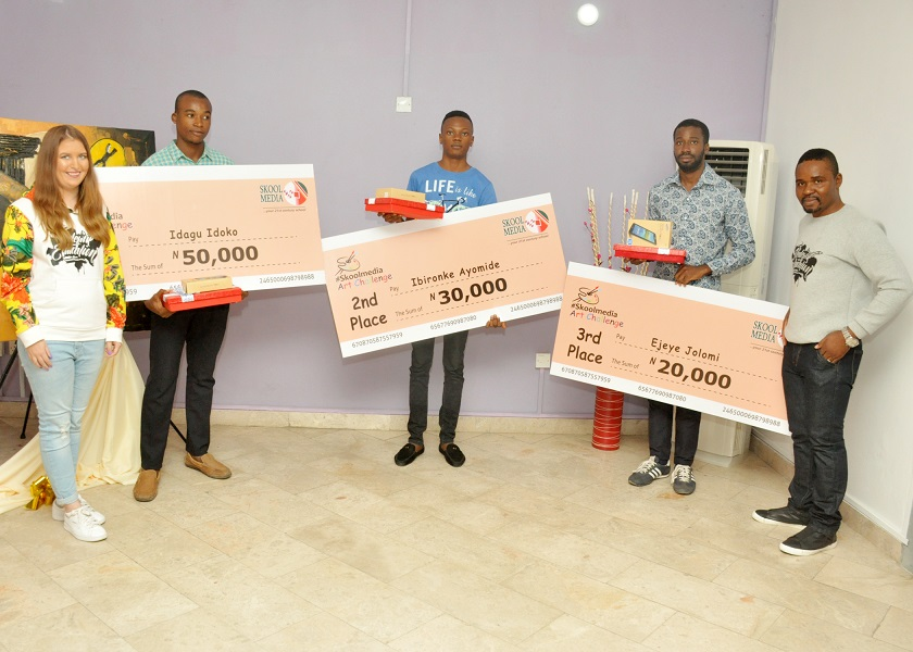 Tatsiana John (SkoolMedia), winners and Moses Imayi (Project Director, Skool Media)