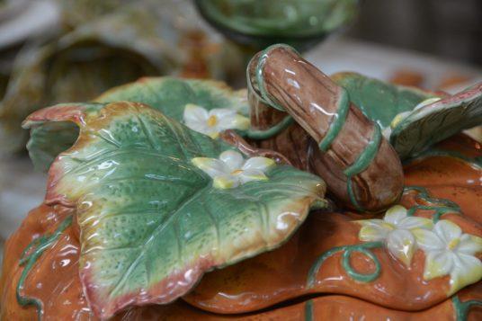 lid detail from pumpkin tureen