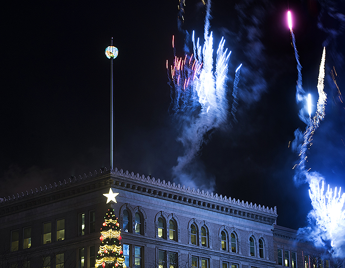 As Pittsburgh's ball rises, a Zambelli Fireworks display marks the start of 2015.