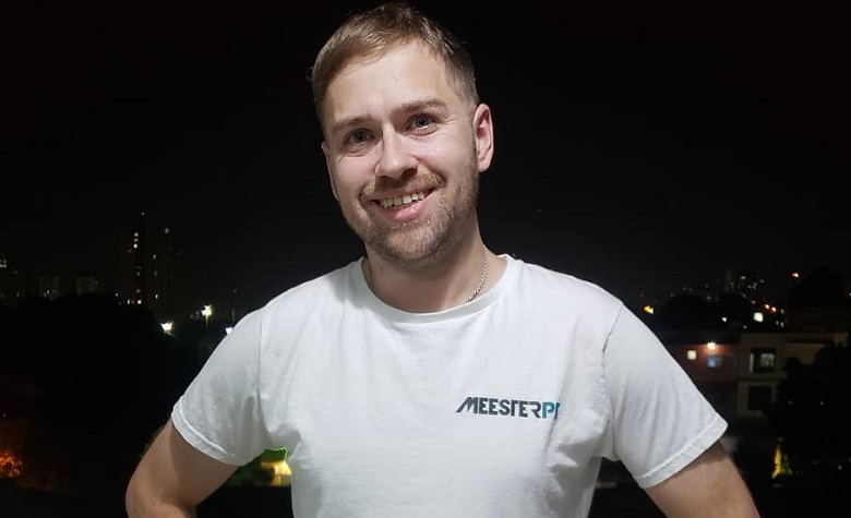90 Day Fiance - Paul Staehle Cleaning Up In Brazil