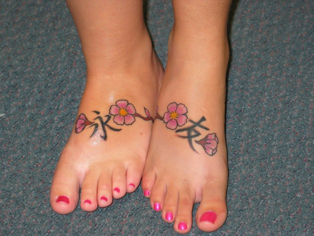 Flower Foot Friendship tattoo