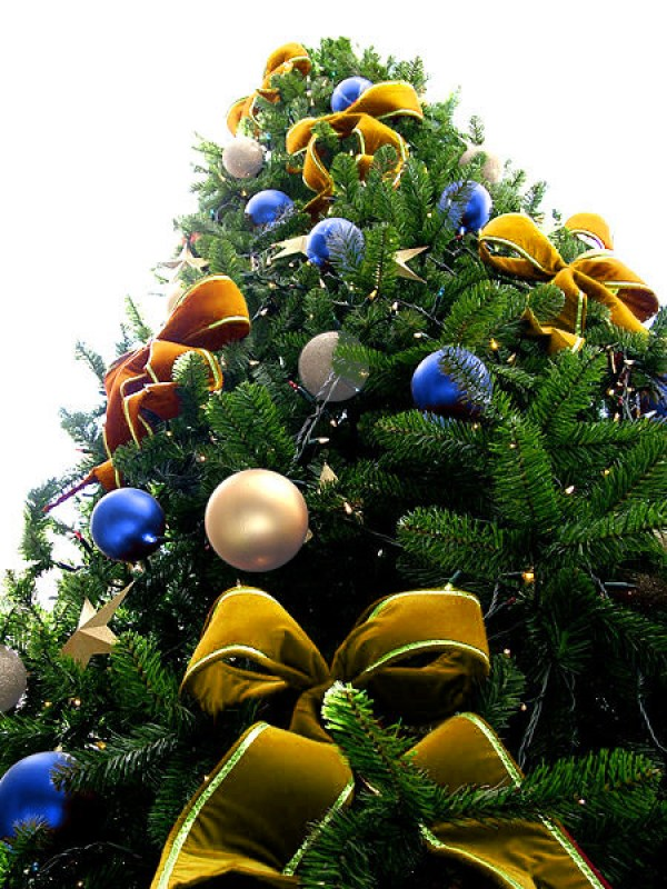 Yellow Bead Christmas Tree with Blue & White Pearl Ornaments