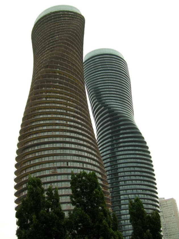 Mississauga architecture