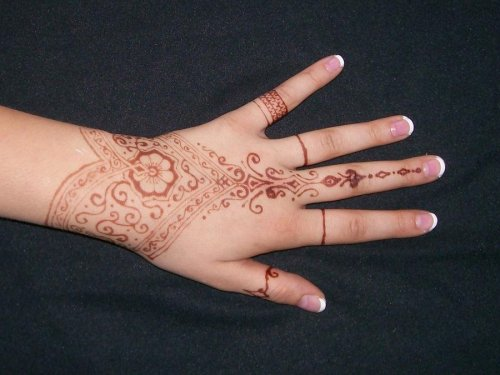 beautiful mehndi design on hand