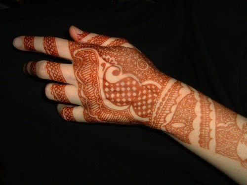 indian mehndi design for back hand