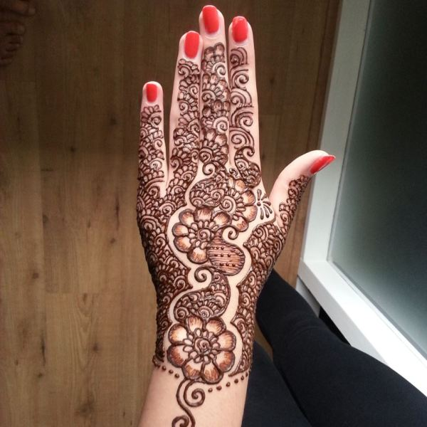 simple arabic mehndi design