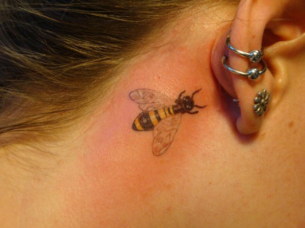 small bumble bee tattoo