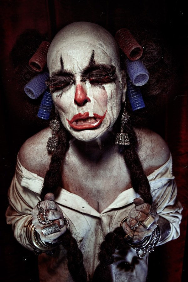 halloween makeup ideas- crying clown face paint