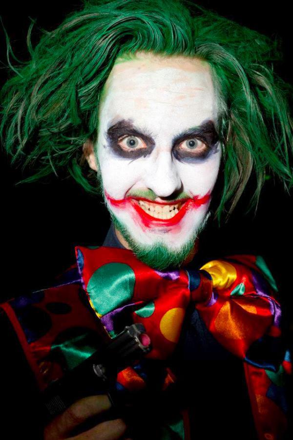 scary clown face makeup
