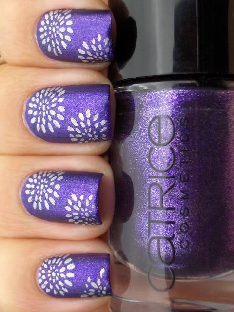 awesome stamp flower glittery nails