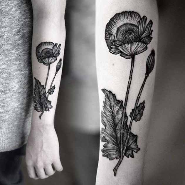Bold poppy flower design for arm