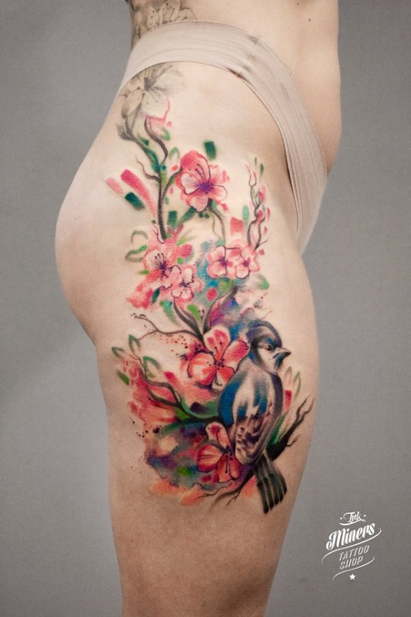 bird with flowers thigh piece