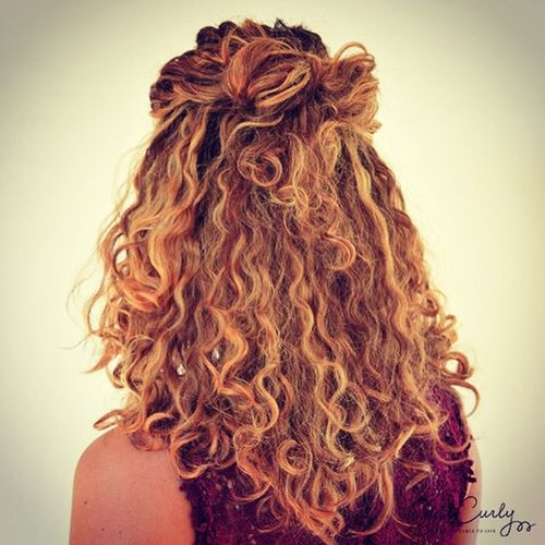 nice haircuts for curly hair 5 hairstyles for curly and wavy hair entertainmentmesh 3586 | 5 Hairstyles for Curly and Wavy Hair
