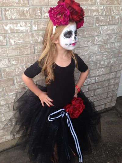 Sweet little Day of the dead face paint