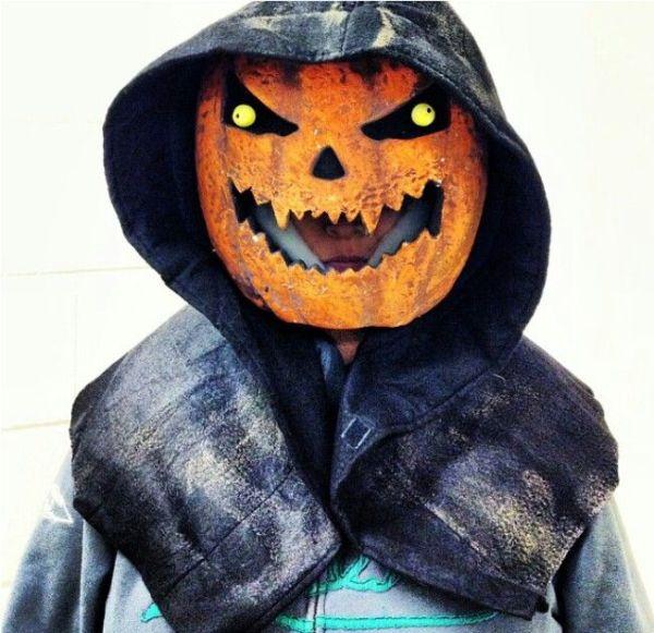 creepy grim reaper pumpkin decoration ideas for halloween