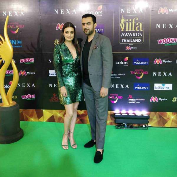Dia Mirza outfits