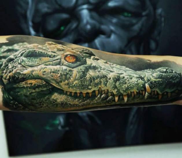 realistic full arm green crocodile tattoo design