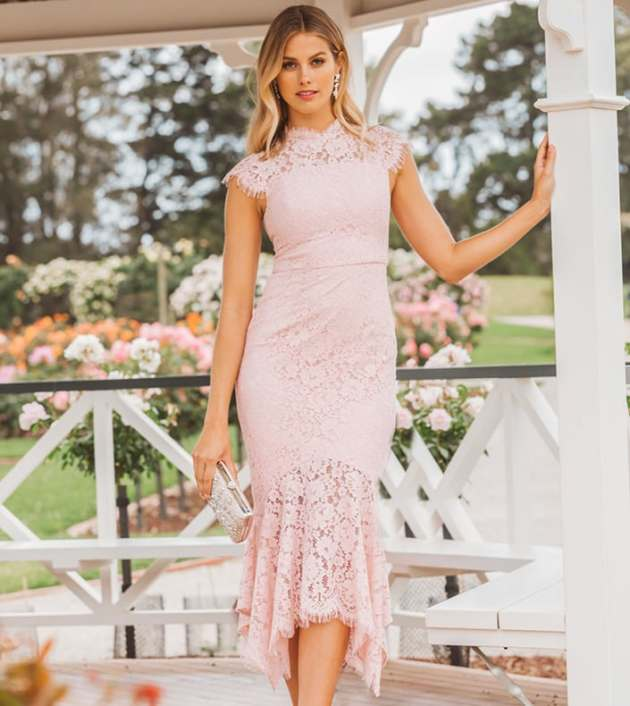 wedding guest lace maxi dress ideas for 2019