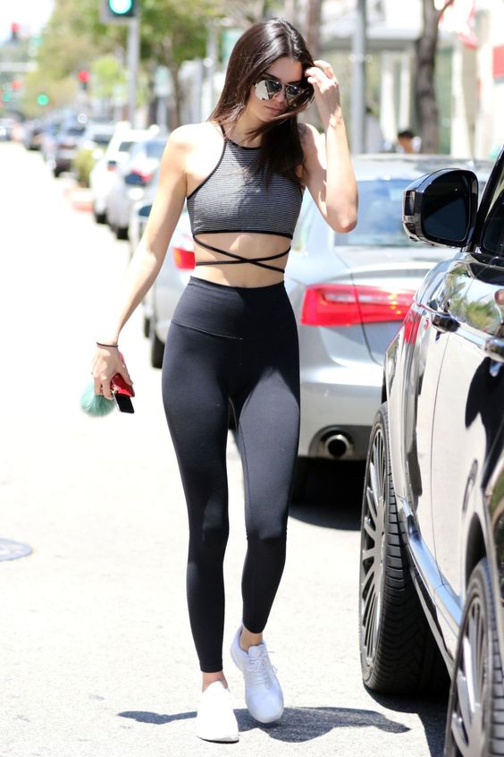 high waisted workout legging outfits