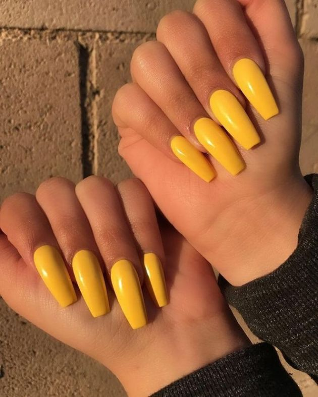 yellow acrylic nail designs for summer