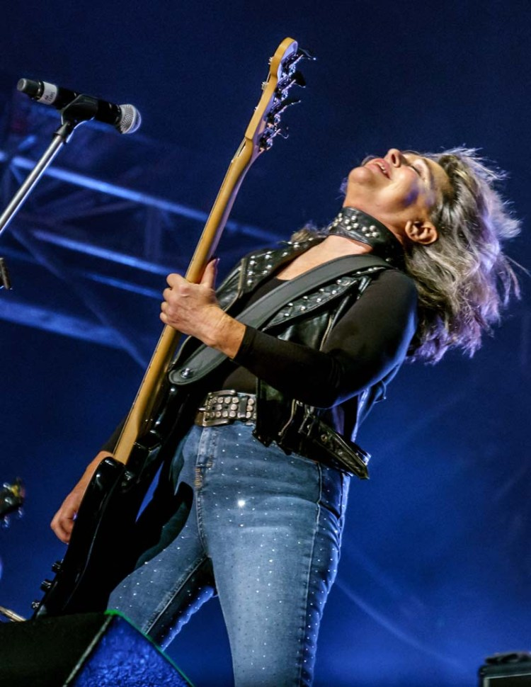 Suzi Quatro will Can The Can at Cardiff's Motorpoint Arena on April 6, 2019