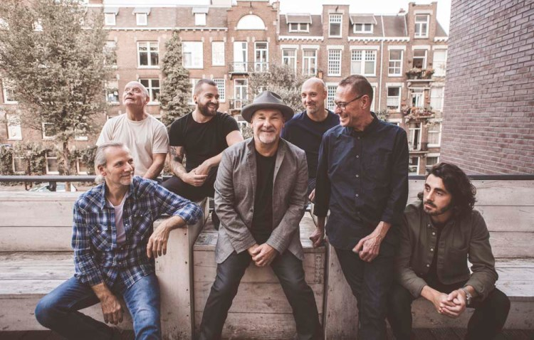 Paul Carrack and his band return to Cardiff's St David's Hall on March 1, 2019 Photos © Lena Semmelroggen