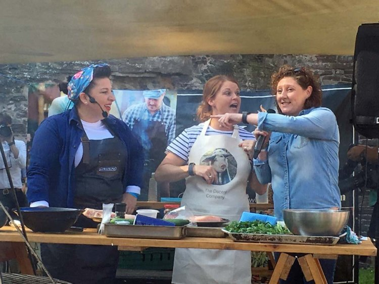 Sam and Shauna from Hang Fire along with Martha Roberts presented a demonstration at Abergavenny Castle for Abergavenny Food Festival on Saturday. Photograph: Entertainment South Wales.