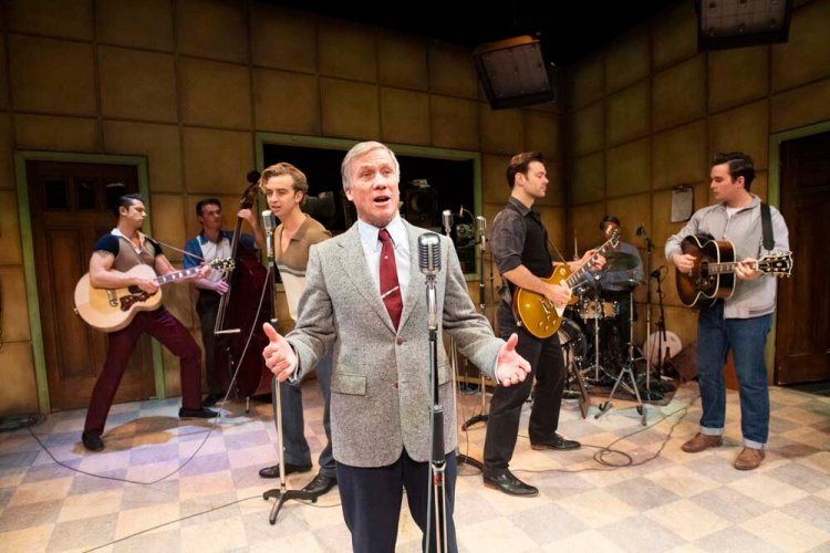 Peter Duncan  returns to the role of Sam Phillips in Million Dollar Quartet.