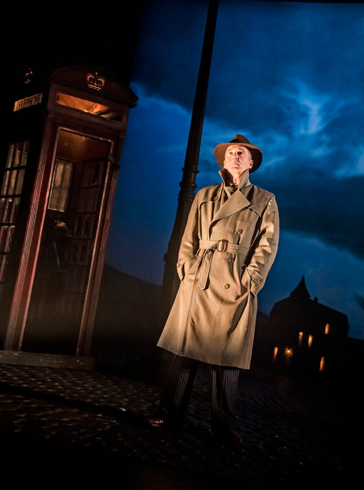 Stephen Daldry's adaptation of  An Inspector Calls  runs until March 14 at Cardiff's New Theatre.