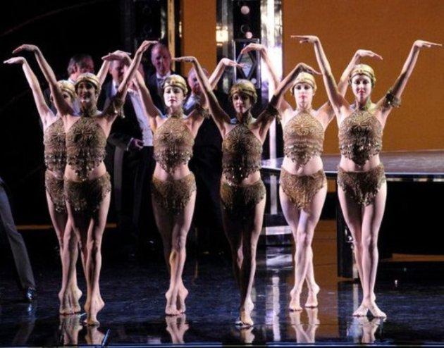 Art Deco Dancers in La Traviata