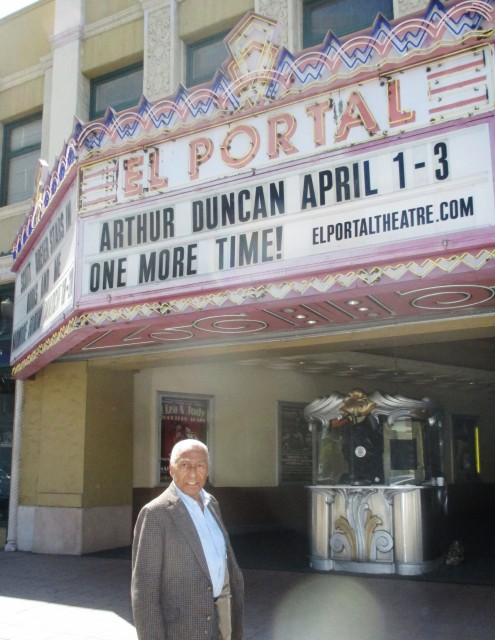 Arthur Duncan at NoHo's El Portal Theatre (photo by Margie Barron)