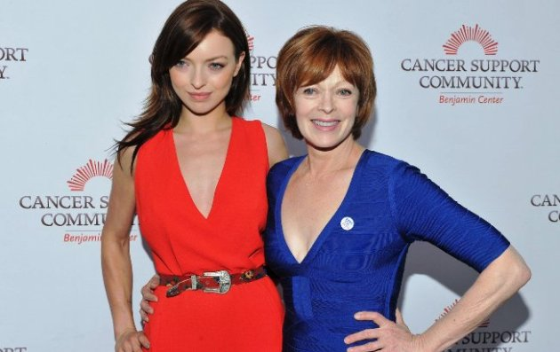 Francesca Eastwood presented award to her Mom, Frances Fisher
