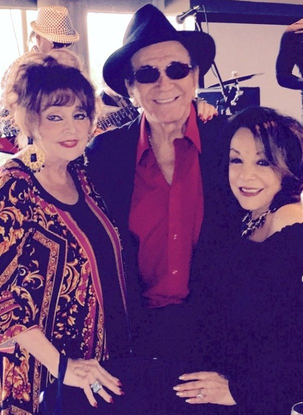 Columnist Marci with Trini Lopez & Grace Robbins (Photo credit: Sam)