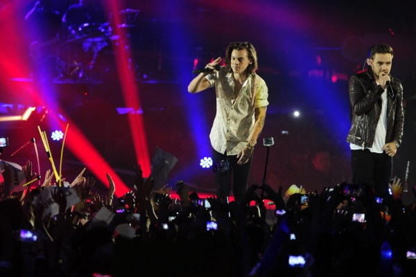 Harry sometimes seems like the lead singer (DyD Fotografos/Future Image/WENN.com)