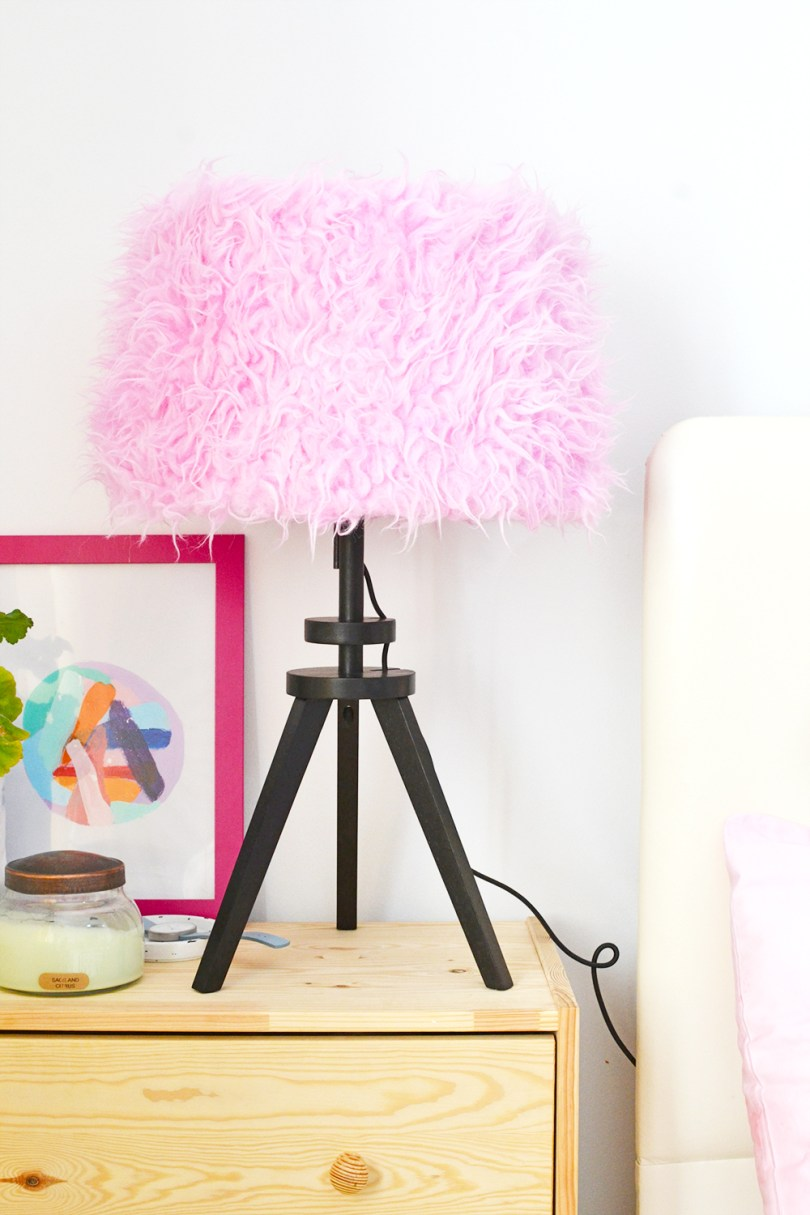 Make your own DIY Pink Dyed Faux Fur Lampshade with only acrylic paint. It's easy and not messy