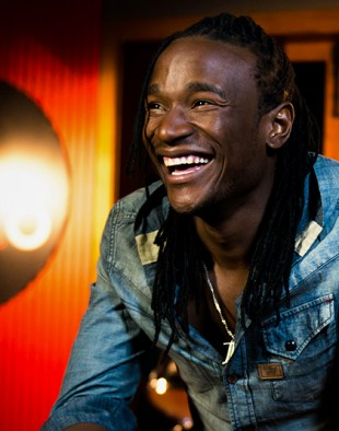 #OfficialAudio: Zimbabwe's Jah Prayzah & Mozambique's Mr Bow Make Love Not War with #Amore