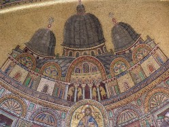 The domes of San Marco as they were in the 13thC. The horses mounted over the balcony were brightly gilded and were made in Greece in the 2ndC BC, and stolen by Venice from Constantinople in 1204 AD