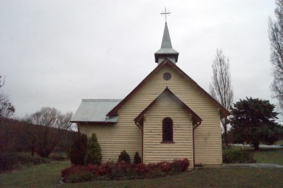 At the 2006 census, Trunkey Creek had a population of 122, although there are fewer permanent residents than that now. Which could explain why their only church needs a coat of paint.