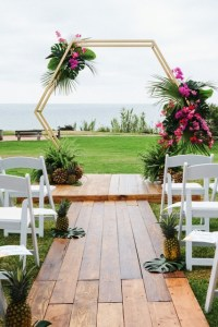 Hexagon Arch   Wedding   Party Rentals and Sales in San Diego  CA PrevNext