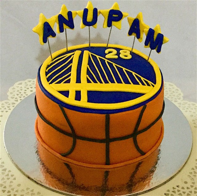 Basketball Birthday Cake Online Customized Cakes Delivery I Bangalore L Theme Cakes L Miras