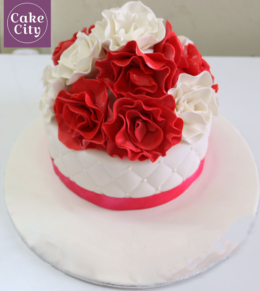 Birthday Cakes For Girls Red White Rose Cake Girl Ideas