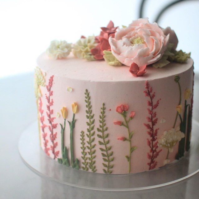 Birthday Flower Cake The Latest Cake Trend Is Unbelievably Stunning Holidayseasonal