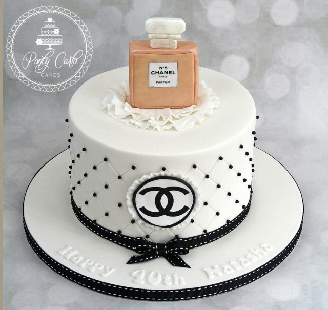 Chanel Birthday Cake Chanel No 5 Birthday Cake Pinterest Chanel Torte