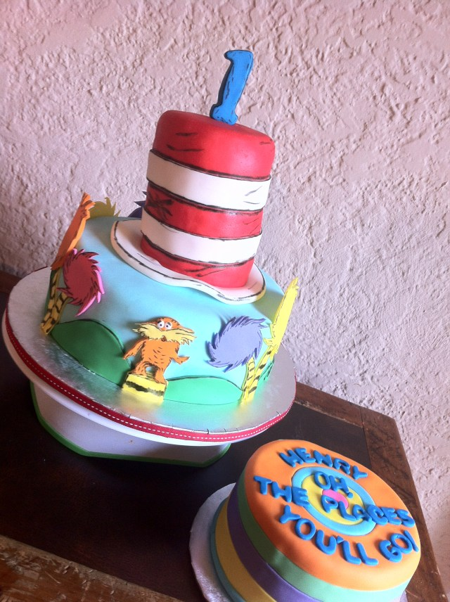 Doctor Who Birthday Cake Dr Seuss Birthday Cake And Smash Cake Lolos Cakes Sweets
