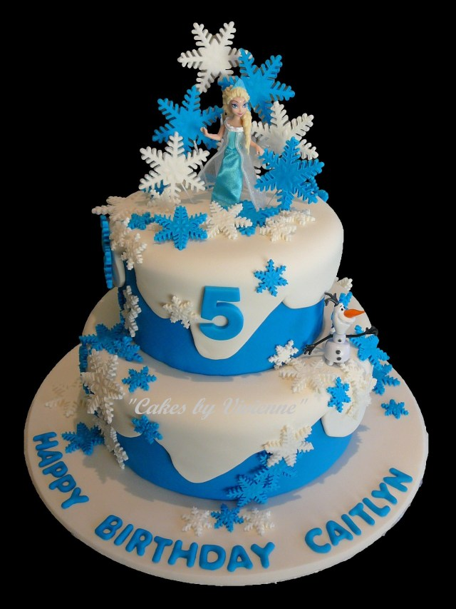 Frozen Themed Birthday Cakes Frozen Themed Birthday Cake For A 5 Year Old Featuring Elsa Olaf