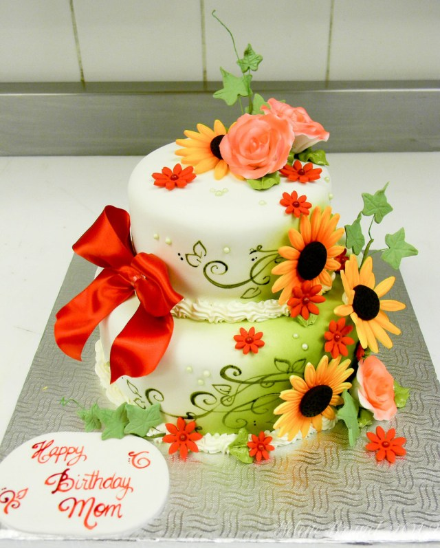Happy Birthday Flowers And Cake Serene Happy Birthday Flower Cake Flower Cakes Decoration Ideas