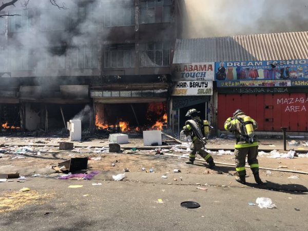 [VIDEOS] #Xenophobia : S.A attack – burning and shooting of Nigerians