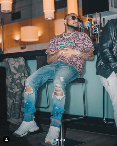 Davido Punch Guy Who Tries To Take Picture Of Him Without His Consent