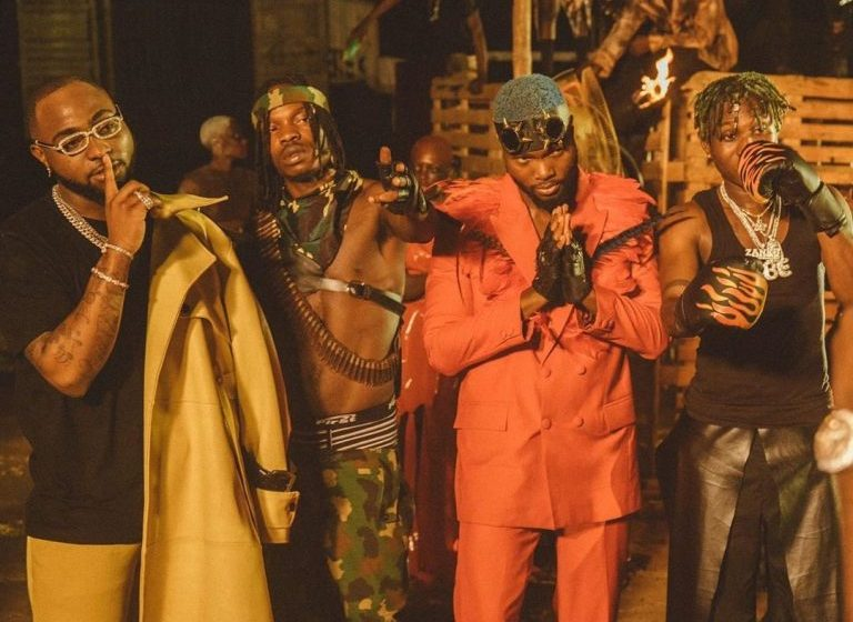 VIDEO : Davido ft Naira Marley X Zlatan X WurlD – Sweet In The Middle