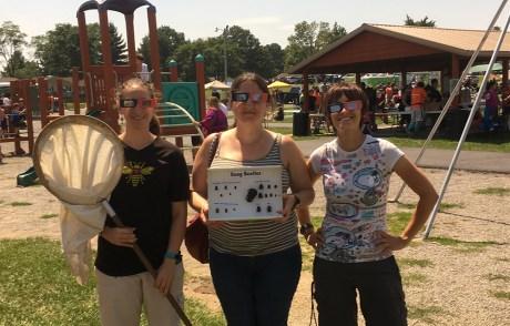 UIUC entomology students at eclipse